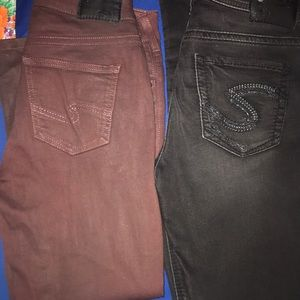 LOT (2) Pair Silver Jeans